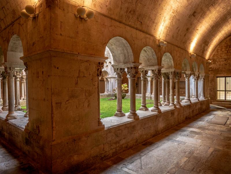 sant pere de galligants girona kloster kreuzgang