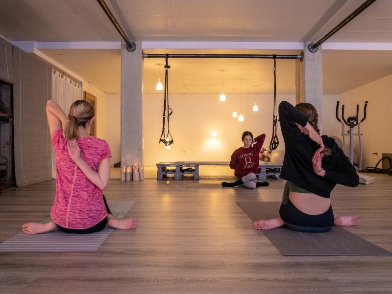 mindful travel costa brava freibeuter reisen yoga wellness