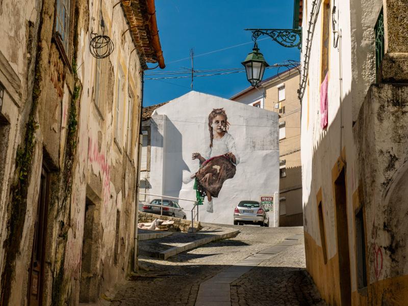 MR DHEO Street Art Wool fest in Covilhã