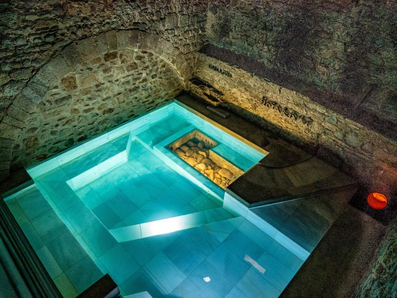 thermalbad roemisch girona mindful travel costa brava freibeuter reisen