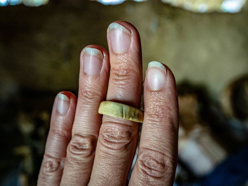 la draga banyoles knochen ring