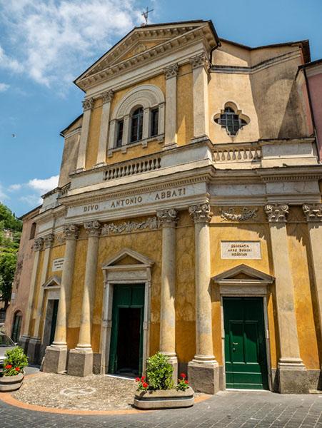 Kirche relais del maro borgomaro ligurien