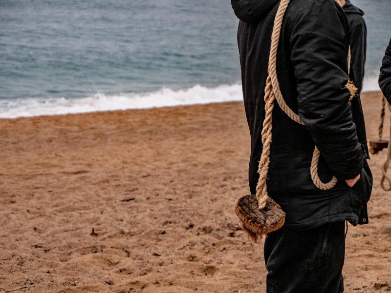 seil um den koerper tirada a l art lloret de mar