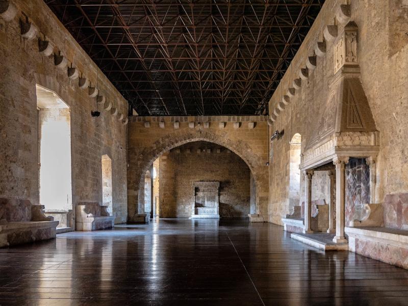 Thronsaal castelo Gioia del colle