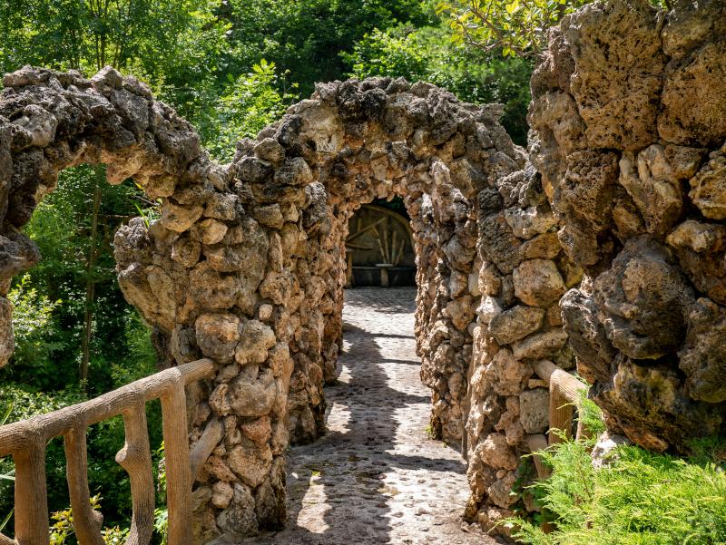 gaudi bauwerk jardins artigas el poblet de lillet