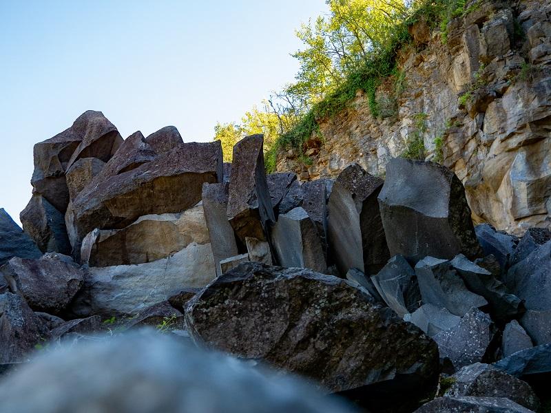 basalt lava steine ruta de les tres colades