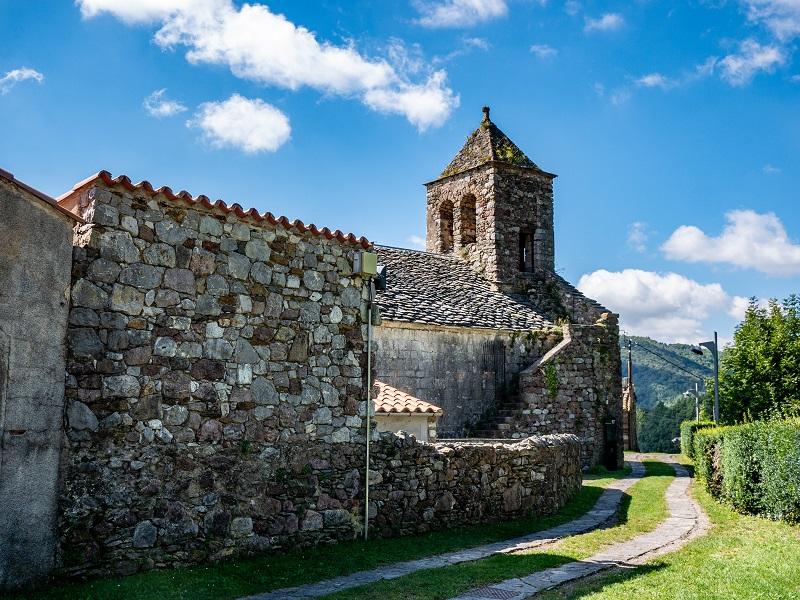 Kirche SAnt Feliu Rocabruna