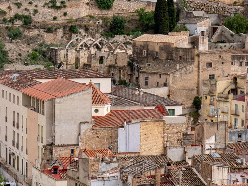 blick auf die historische altstadt tortosa