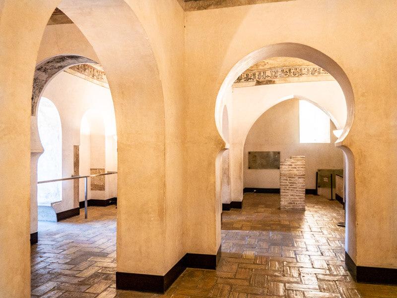 zaragoza palacio de la aljaferia saragossa Torre del Trovadur
