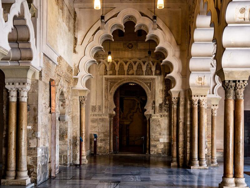 zaragoza palacio de la aljaferia saragossa